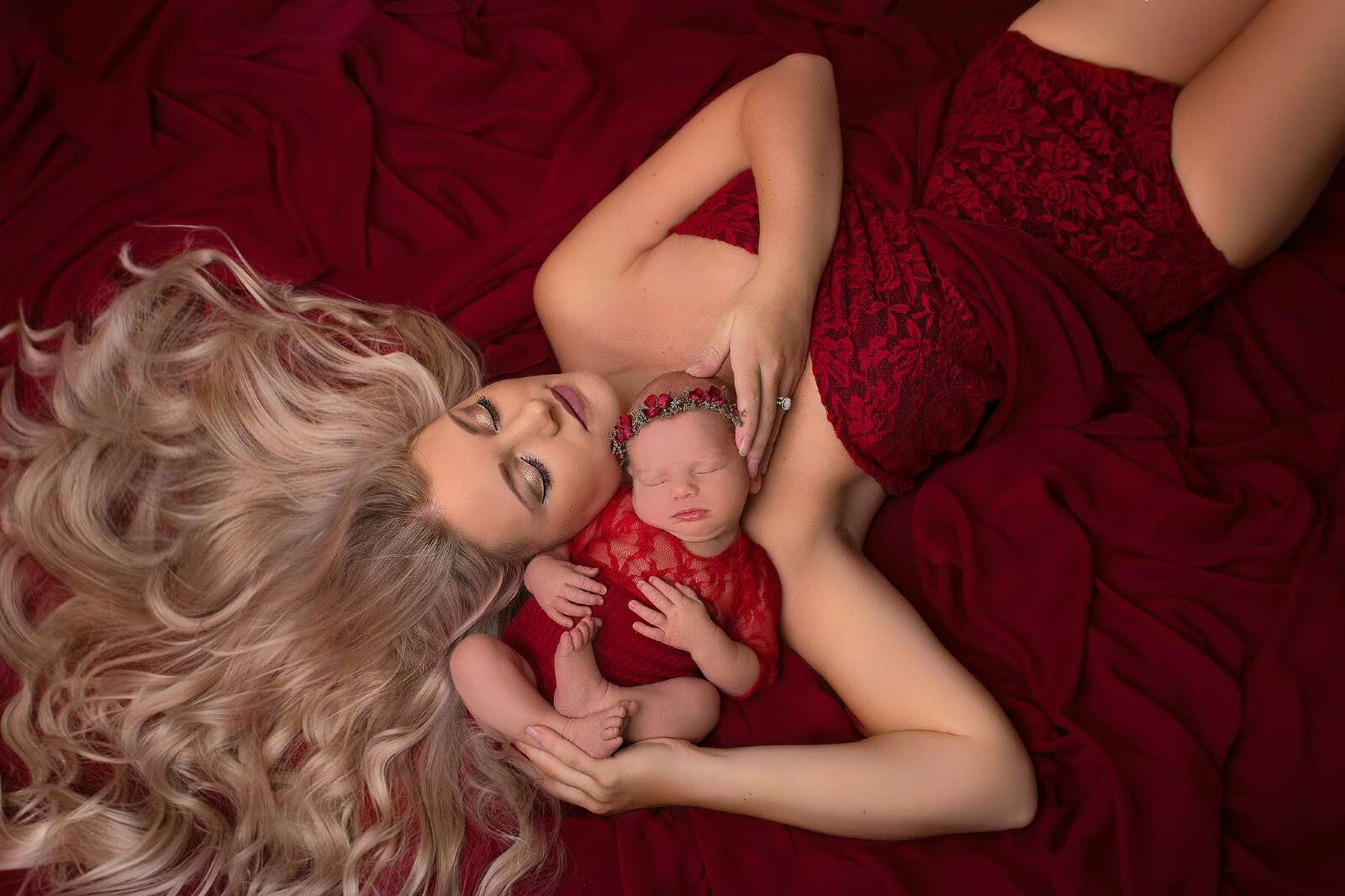newborn baby girl photo studio hereford, Herefordshire