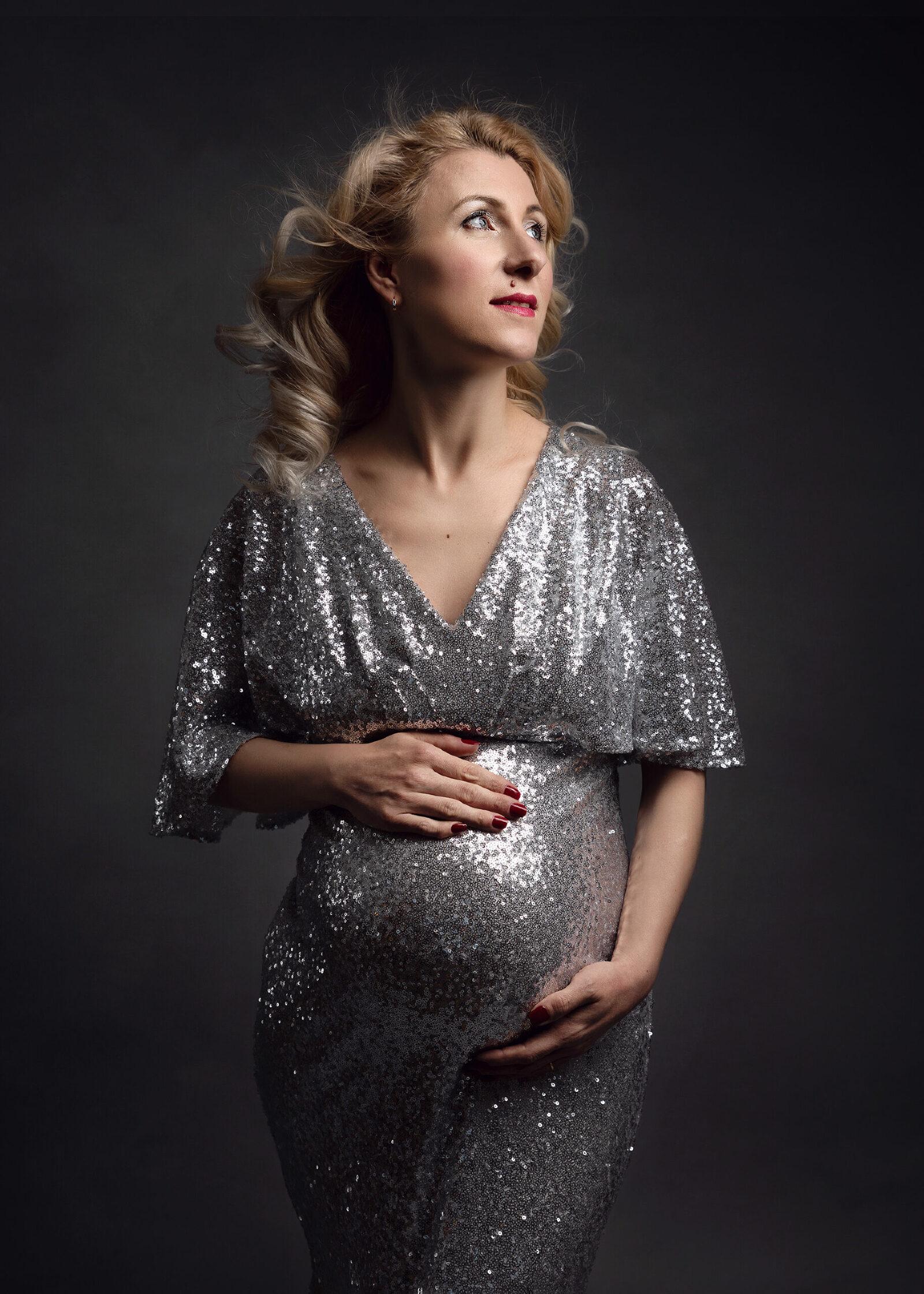 Maternity studio photoshoot Hereford, Herefordshire